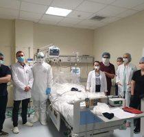 Врачи и фармацевты-резиденты, студенты учебных заведений высшего и среднего профессионального образования, задействованные в борьбу с инфекцией COVID-19, получат стипендии.