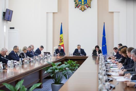 """Viorica Dumbrăveanu: """"Îndemn populația să manifeste maximă responsabilitate și să respecte toate măsurile de igienă și precauție pentru a preveni îmbolnăvirea cu Coronavirus de tip nou"""""""