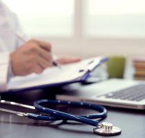 MSMPS precizează: Certificatele medicale (F-027) se solicită doar pentru copiii care se înmatriculează primar la grădiniță sau clasa întâi