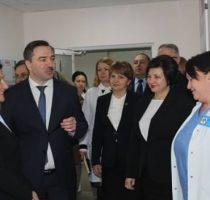 Laboratorul de microbiologie şi imunologie clinică a fost modernizat cu suportul României