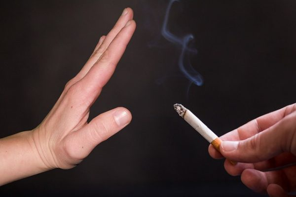Renunță la fumat pentru o zi! În fiecare zi!