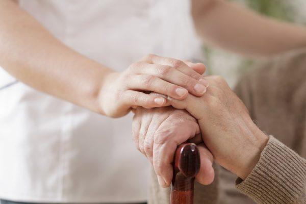 Precizări cu privire la modificările operate privind serviciul de îngrijire socială la domiciliu