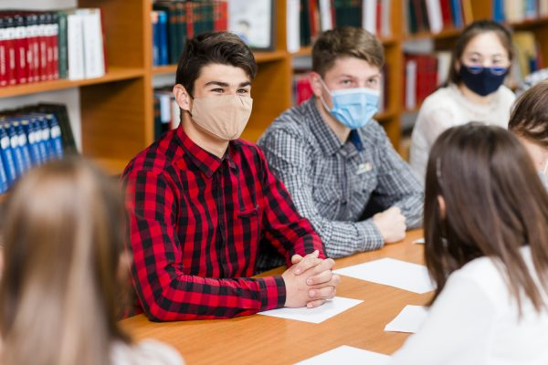 În școlile din țară se desfășoară Săptămâna Europeană a Imunizării