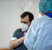 Precizările MSMPS privind imunizarea împotriva COVID-19 cu a doua doză de vaccin pe teritoriul Republicii Moldova în cazul persoanelor care au beneficiat de prima doză peste hotarele țării